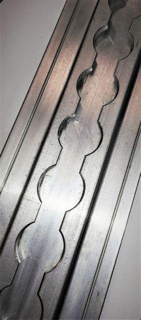 Thin seat track